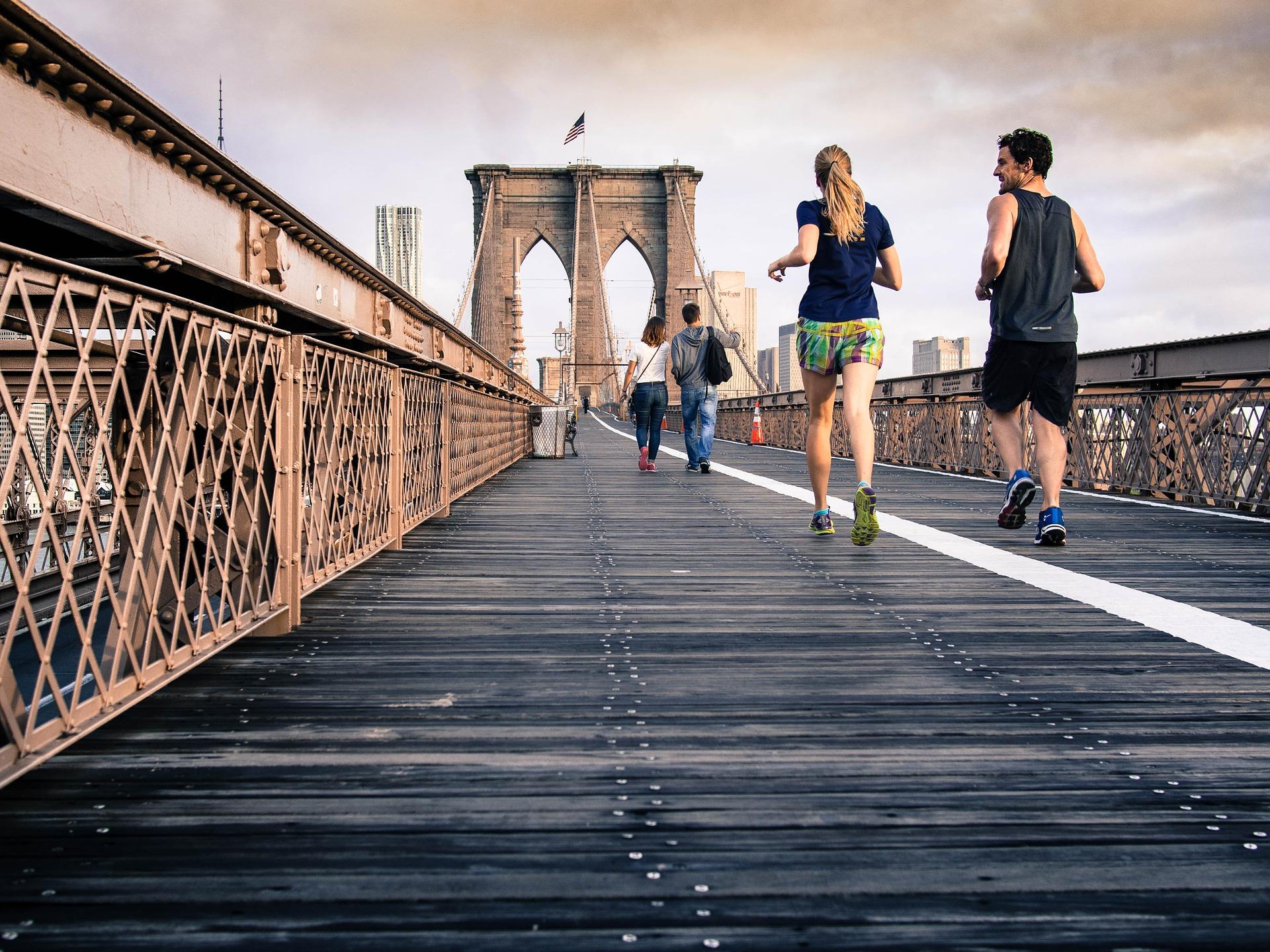Fitnessuhren Test mit vielen hilfreichen Tipps und Tricks zum Kauf einer Sportuhr.