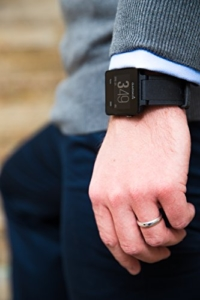 Garmin vívoactive Sport GPS-Smartwatch - 3 Wochen Batterielaufzeit, Sport Apps (Laufen, Radfahren, Schwimmen, Golfen) - 5